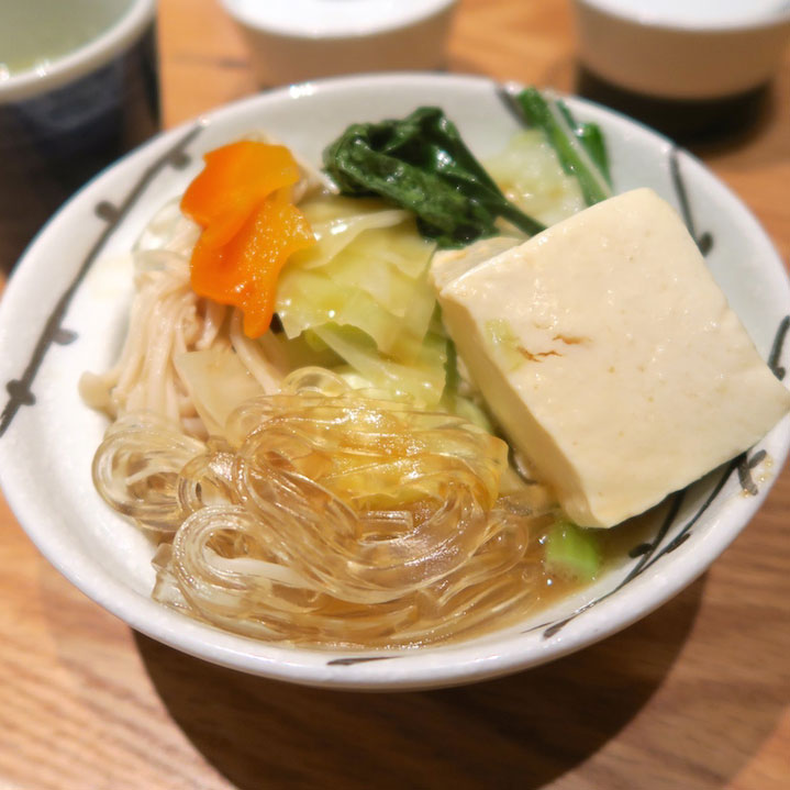 黄金のスープが絶品!博多の水炊き専門の橙(ダイダイ)@福岡市中央区大手門(大濠公園)